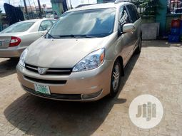 Toyota Sienna 2004 ₦1,600,000 for sale