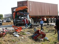 7 people lose lives as truck crashes into tricycle in Ogun State