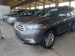 Foreign used 2013 TOYOTA Highlander
