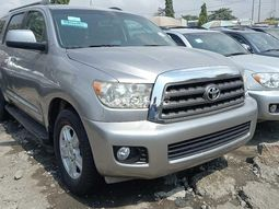 Foreign used 2010 Toyota Sequoia