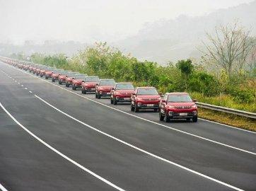 Parade of 55 Chinese autonomous SUVs sets Guinness record
