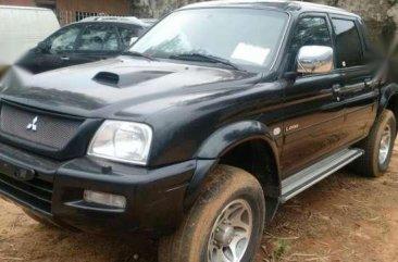 Mitsubishi L200(4WD) Pickup Truck