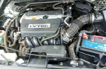 2010 Honda Accord LX Sedan With 4 Cylinder Engine.