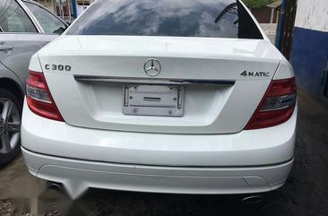Mercedes Benz C300 White 2012