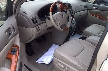 2008 Toyota Sienna for sale.