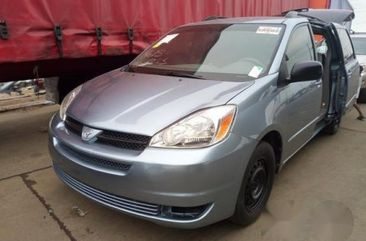 Toyota Sienna 2004 Blue for sale