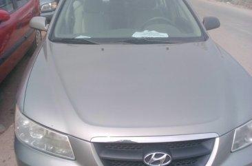 Clean 2007 Hyundai Grey for sale...