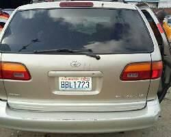 Toyota Sienna 2000 Petrol Automatic Gold for sale