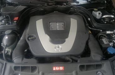 Almost brand new Mercedes-Benz C300 Petrol 2010 for sale