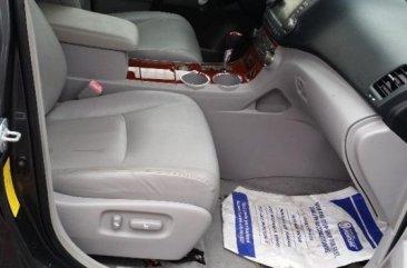 Toyota Highlander 2009 Petrol Automatic Grey/Silver