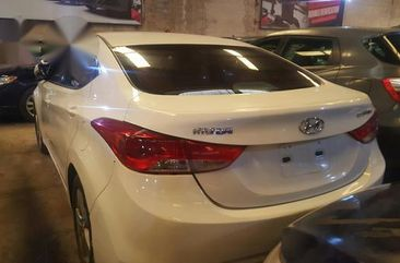 Neat Hyundai Elantra 2013 White for sale