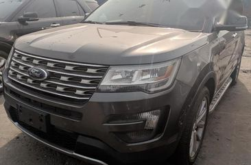 Ford Explorer 2017 Gray for sale