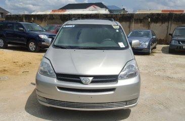Toyota Sienna XLE 2005 Grey for sale