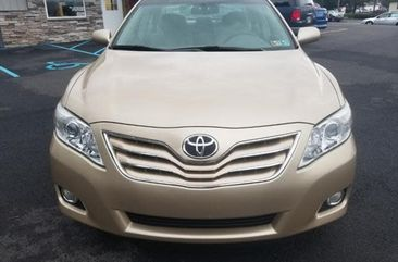 Toyota Camry XLE 2011 Gold for sale