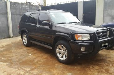 Clean 2003 leather interior Nissan Pathfinder