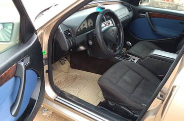 Well-maintained Mercedes-Benz C280 2003 for sale
