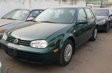 Volkswagen Golf  2000 well-maintained for sale