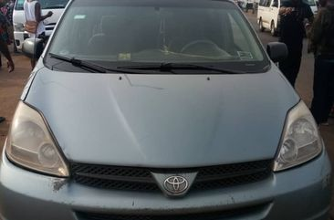 TOYOTA SIENNA 2005 XLE for sale