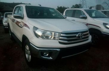 New Toyota Hilux 2018 White for sale