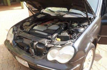 Mercedes-Benz C200 2005 Black for sale