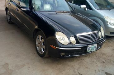 Clean Mercedes Benz E350 4matic 2006 for sale in Abuja