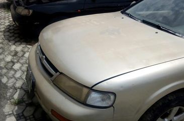 Sell used gold 1997 Nissan Maxima automatic at price ₦700,000