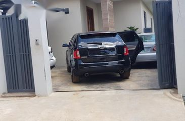 Need to sell high quality black 2012 Ford Edge suv  automatic