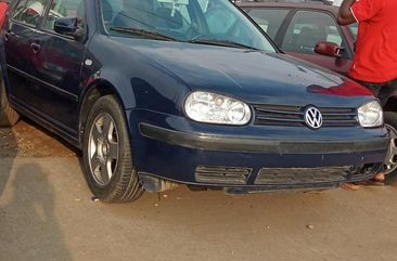 Sell used 2003 Volkswagen Golf automatic at price ₦1,300,000 in Lagos