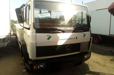 Foreign Used 2003 Mercedes Benz 814 Truck