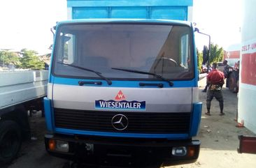 foreign used Mercedes Benz 814 Truck