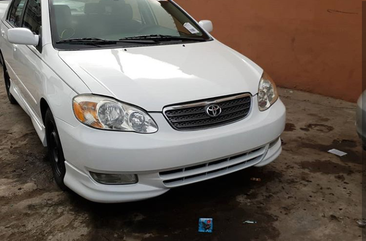 Toyota Corolla 2005 White for sale