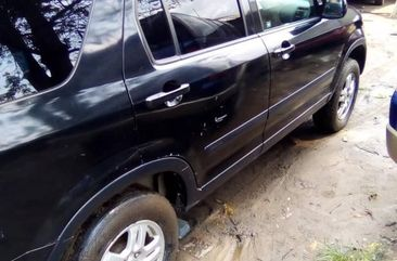 Sell used black 2002 Honda CR-V suv automatic in Port Harcourt