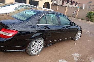 Need to sell cheap used black 2009 Mercedes-Benz C300 automatic