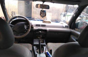 Neat Nigerian used Nissan Serena 2000