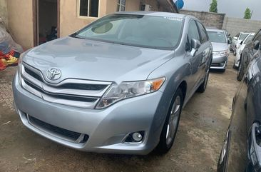Neat Foreign Used Toyota Venza 2015