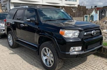 Neat Foreign used Toyota 4-Runner 2010