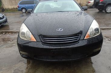 Neat Foreign used Lexus ES300 2003 Model
