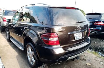 Clean Foreign Used Mercedes-Benz ML350 2008