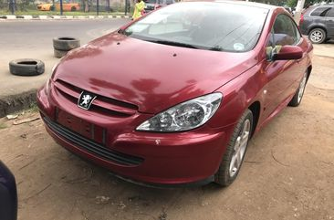 Properly maintained Nigerian used Peugeot 307 2004