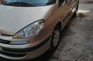 Foreign Used Peugeot 807 2002 Model Gold