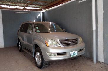 Silver Nigerian Used Lexus GX 2005 Model