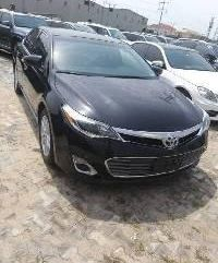 Super Clean Foreign used Toyota Avalon 2015