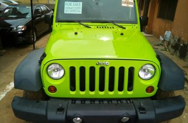 Foreign Used 2013 Jeep Wrangler Green for Sale in Lagos