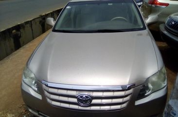Slightly Foreign Used Toyota Avalon 2005 Model Gold