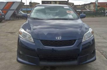 Neat Foreign used Toyota Matrix 2009