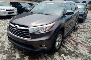 Foreign Used  2015 Toyota Highlander SUV for Sale in Lagos