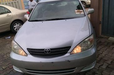 Neat Foreign used 2005 Toyota Camry