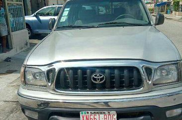 Neatly Used 2006 Toyota Tacoma for Quick Sale in Lagos