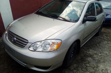 Clean Foreign used Toyota Corolla 2004 Model