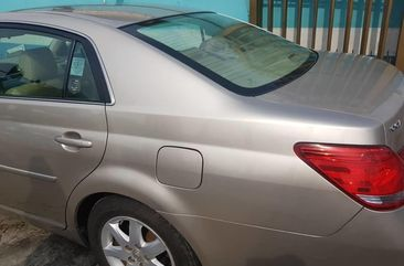 Nigeria Used Toyota Avalon 2008 Model Gold